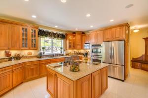 17 Kitchen DSC_0135Blended