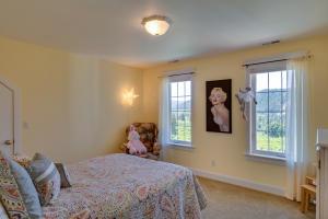 33 Bedroom 2 DSC_0245Blended