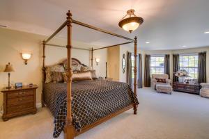 41 Master Bedroom DSC_0305Blended