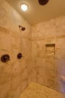 47 Master Bath DSC_0355Blended