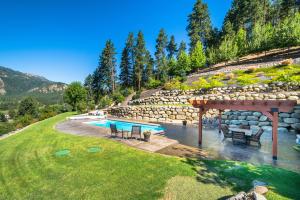 60 Pool Patio Area DSC_0017