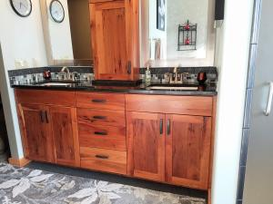 12 Cherry Cabinets Master Bath