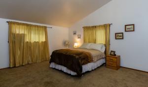 Bedroom 1 - Apartment