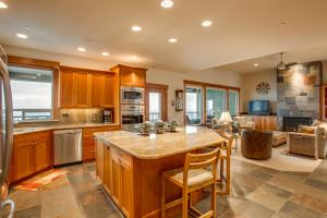 UPGRADED STAINLESS STEEL APPLIANCES