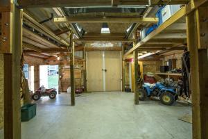 Barn/Shop