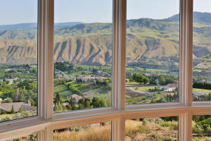 4190 April Dr Wenatchee WA-large-011-53-