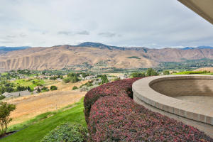 4190 April Dr Wenatchee WA-large-048-4-V
