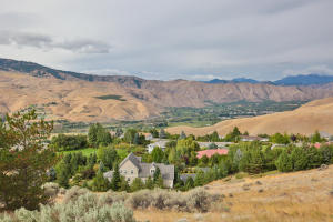 4190 April Dr Wenatchee WA-large-049-5-V