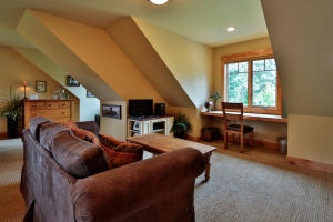 9343 Lone Pine Orchard Rd-large-039-35-B