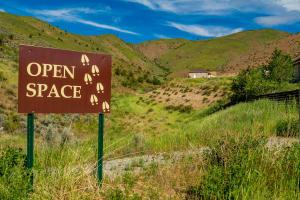 Saska Hills Has 35 Acres of Open Space