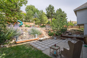 Paver patio & entertainment area