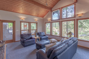 11600_River_Bend_Drive_SMALL-12