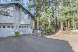 11600_River_Bend_Drive_SMALL-38