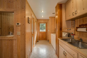 Utility/Mud Room & Dog Kennels