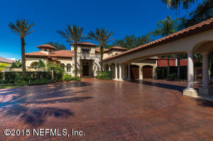 Photo of 8602 Cathedral Oaks Pl West, Jacksonville, Fl 32217 - MLS# 788008