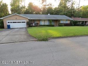 986  Parkridge Jacksonville, FL 32211