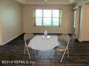 4573 MIDDLETON PARK CIR E, JACKSONVILLE, FL 32224  Photo 5