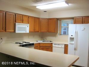 4573 MIDDLETON PARK CIR E, JACKSONVILLE, FL 32224  Photo 3