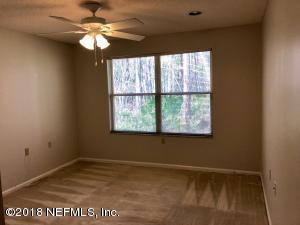 4533 MIDDLETON PARK CIR E, JACKSONVILLE, FL 32224  Photo 12