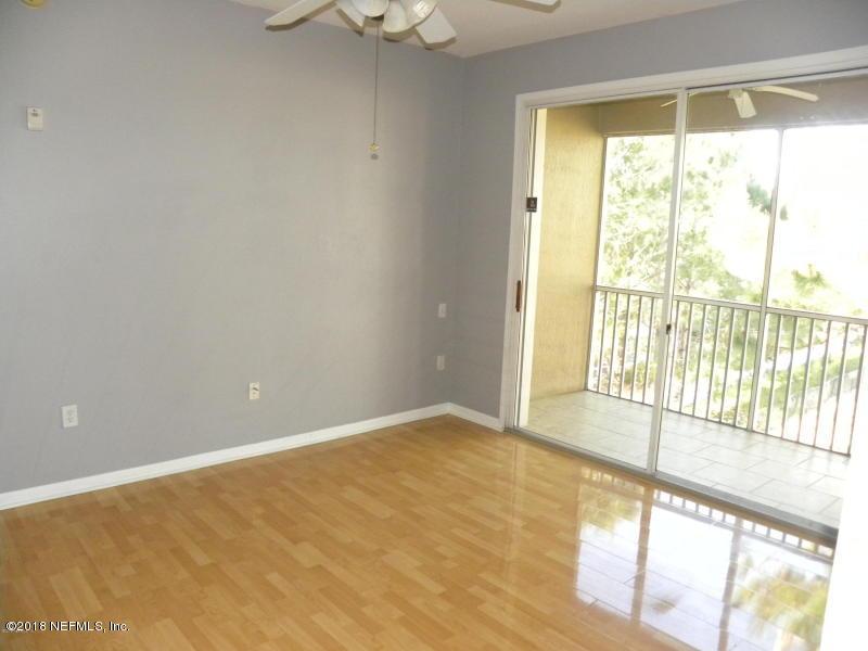 7990 BAYMEADOWS, JACKSONVILLE, FLORIDA 32256, 3 Bedrooms Bedrooms, ,2 BathroomsBathrooms,Residential - condos/townhomes,For sale,BAYMEADOWS,933470