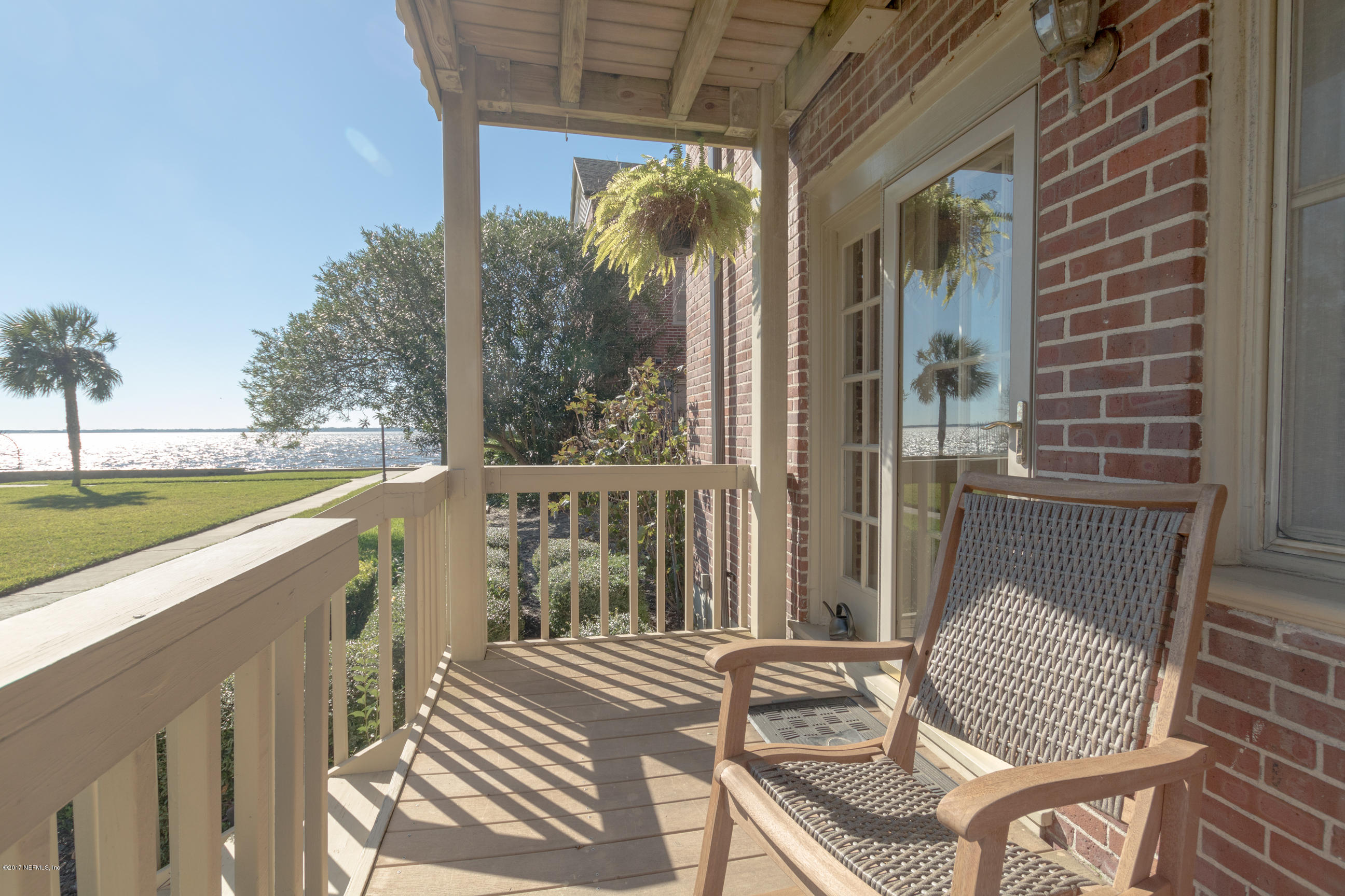 809 LASALLE, JACKSONVILLE, FLORIDA 32207, 2 Bedrooms Bedrooms, ,3 BathroomsBathrooms,Residential - condos/townhomes,For sale,LASALLE,938900