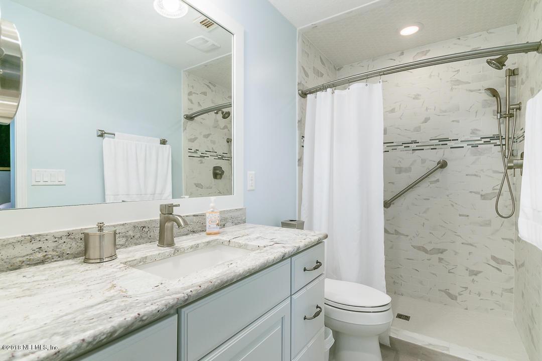 1 OAKS, JACKSONVILLE BEACH, FLORIDA 32250, 4 Bedrooms Bedrooms, ,2 BathroomsBathrooms,Residential - single family,For sale,OAKS,941002