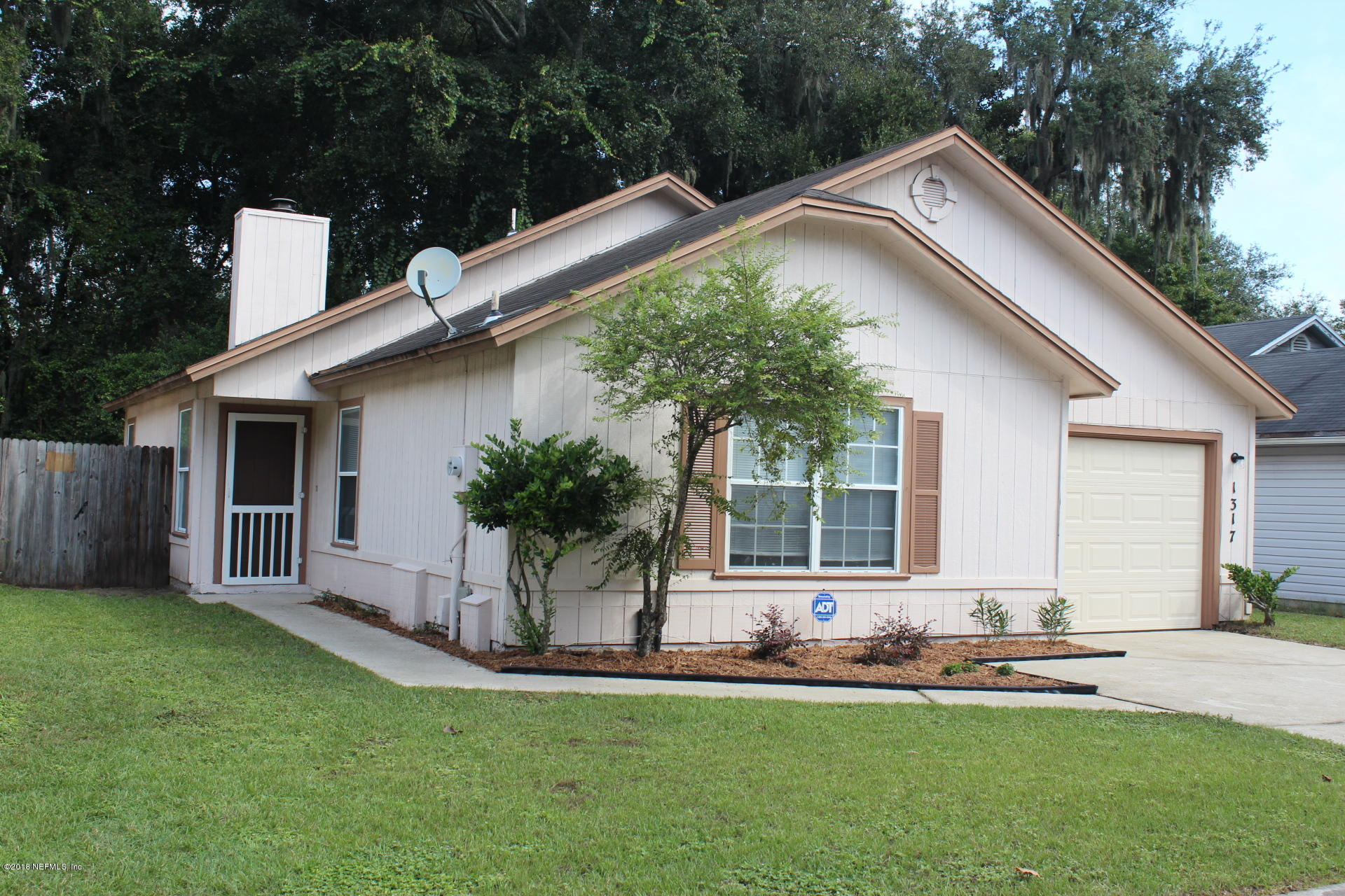 1317 MUNSON COVE, JACKSONVILLE, FLORIDA 32233, 3 Bedrooms Bedrooms, ,2 BathroomsBathrooms,Residential - single family,For sale,MUNSON COVE,961757