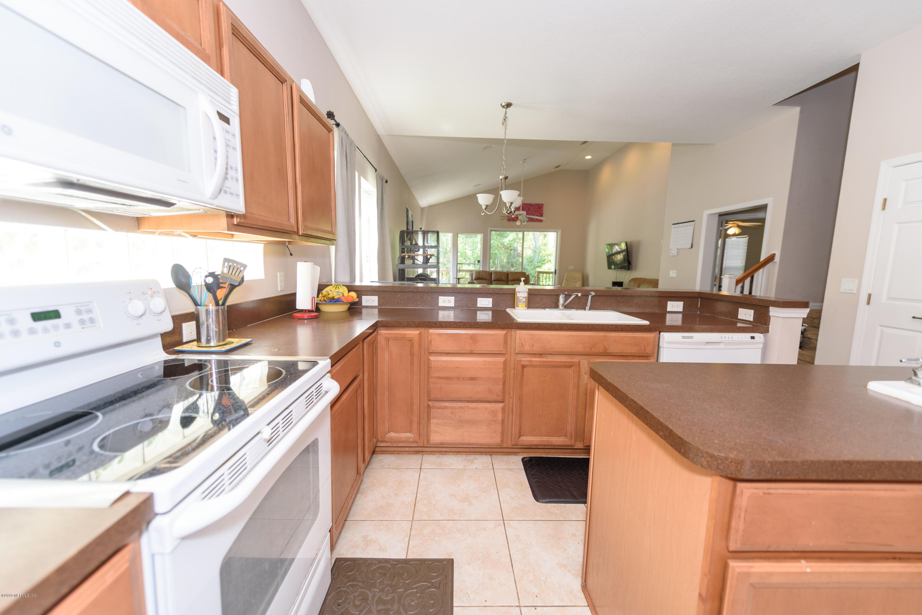 880 PARADISE, ATLANTIC BEACH, FLORIDA 32233, 4 Bedrooms Bedrooms, ,3 BathroomsBathrooms,Residential - single family,For sale,PARADISE,958931