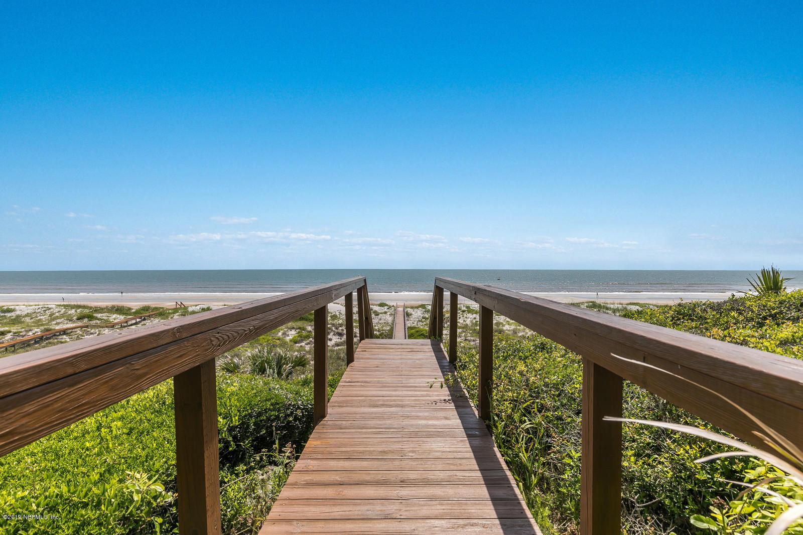 91  OCEAN BREEZE DR, Atlantic Beach, Florida