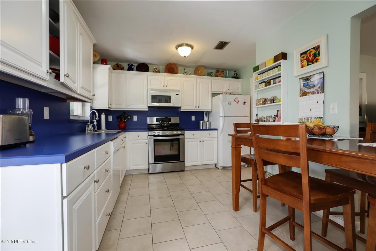 Photo of 904 15TH, JACKSONVILLE BEACH, FL 32250