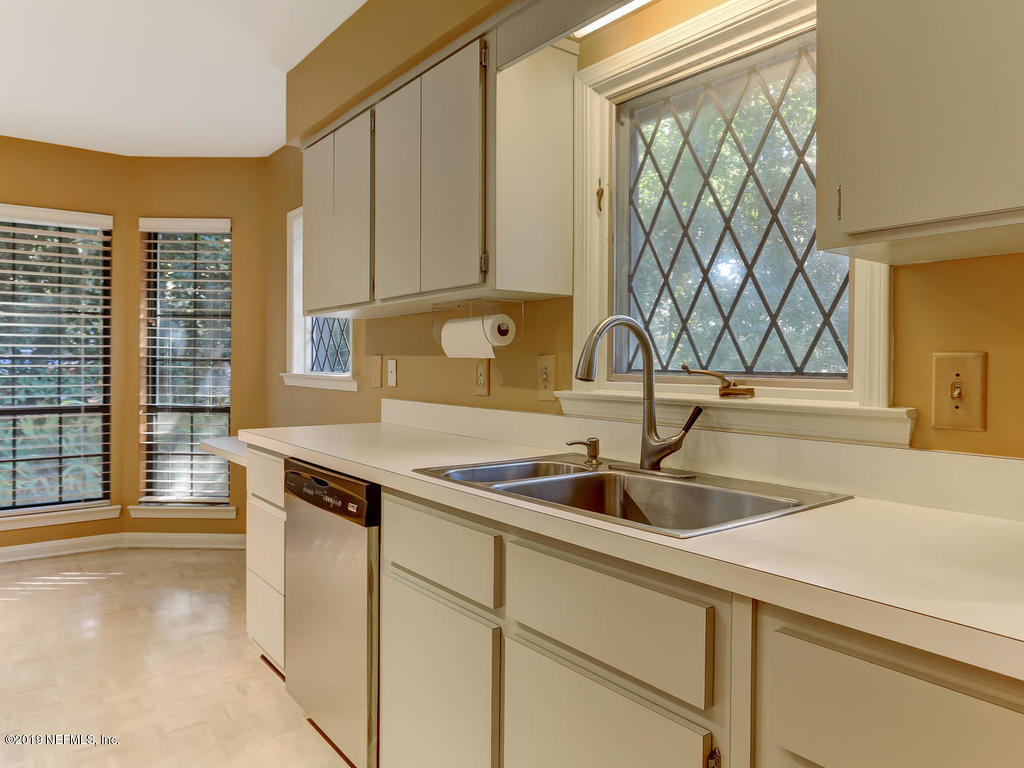 2647 FOREST POINT CT JACKSONVILLE - 28