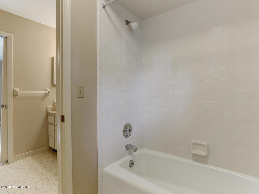 2647 FOREST POINT CT JACKSONVILLE - 43