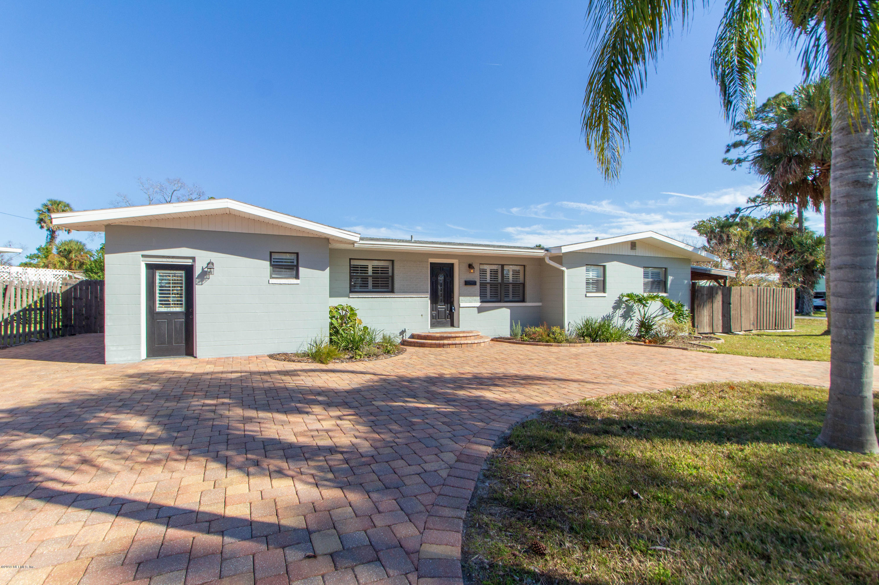 Photo of 705 PALM TREE, JACKSONVILLE BEACH, FL 32250
