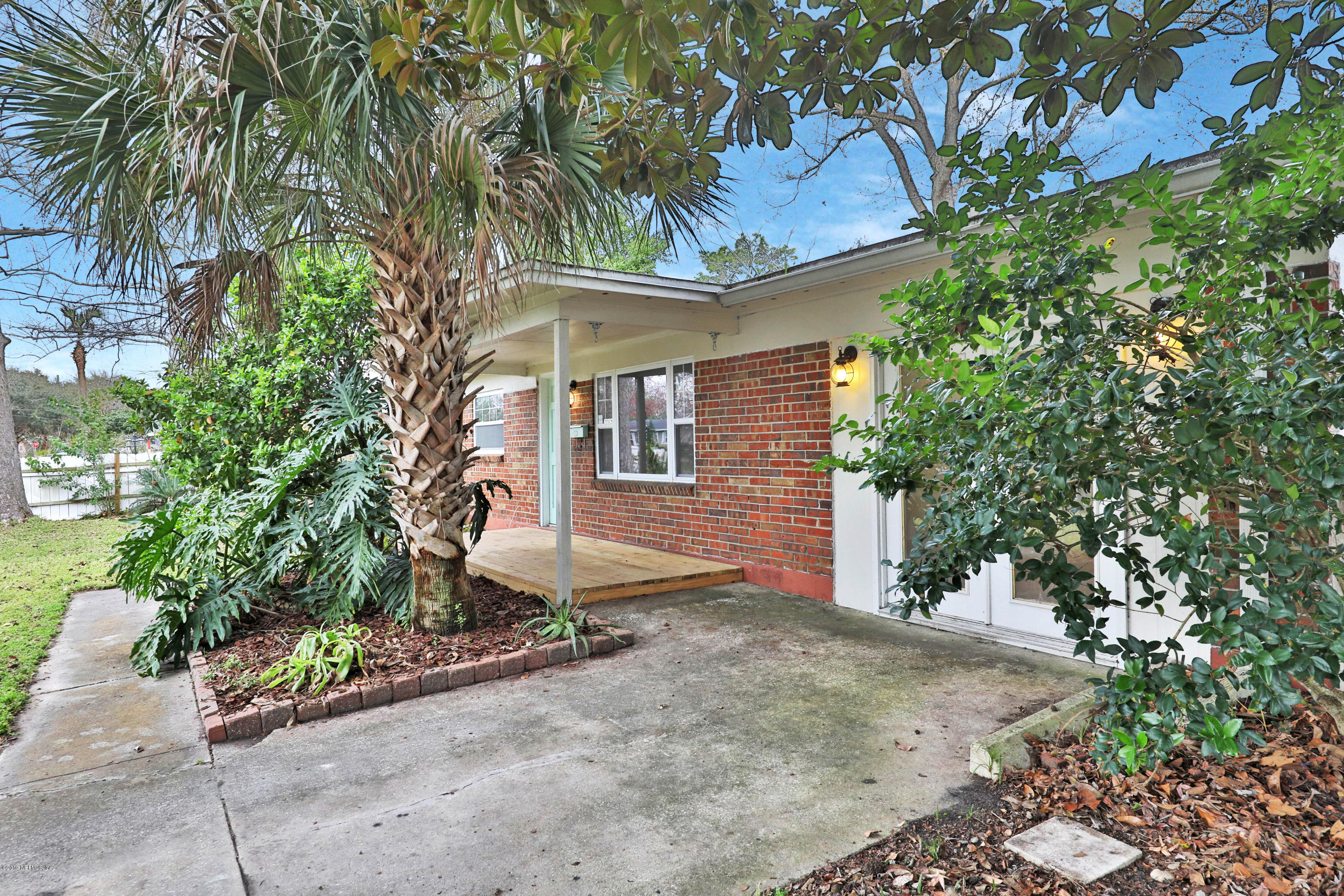 451  SARGO RD, Atlantic Beach in DUVAL County, FL 32233 Home for Sale