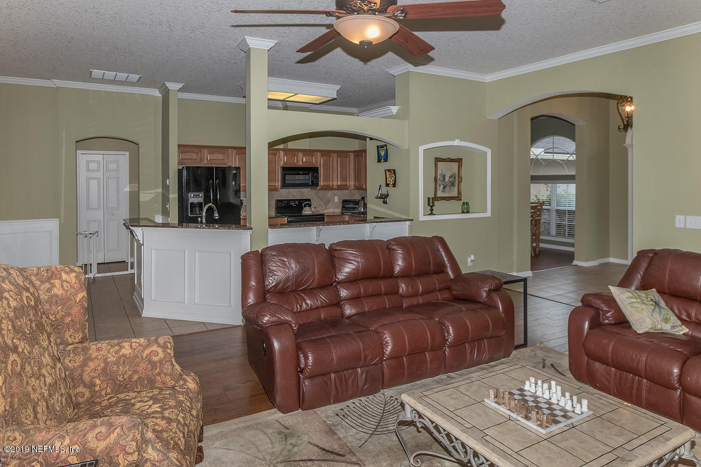 2513 CAMCO CT JACKSONVILLE - 29