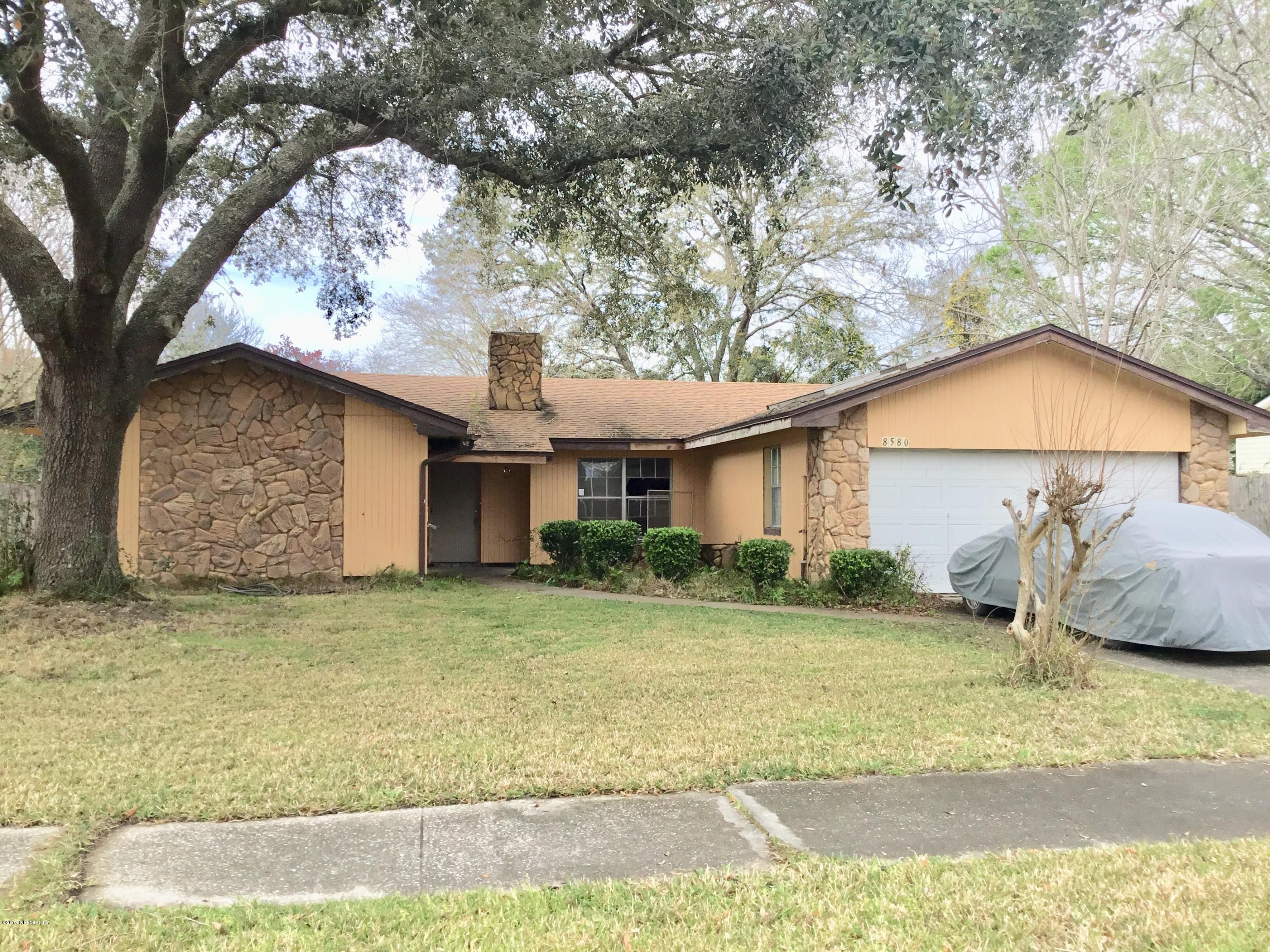 Photo of 8580 BISHOPSWOOD, JACKSONVILLE, FL 32244