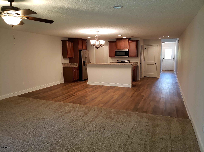 386 OLD JENNINGS, ORANGE PARK, FLORIDA 32065, 3 Bedrooms Bedrooms, ,2 BathroomsBathrooms,Residential - townhome,For sale,OLD JENNINGS,983646