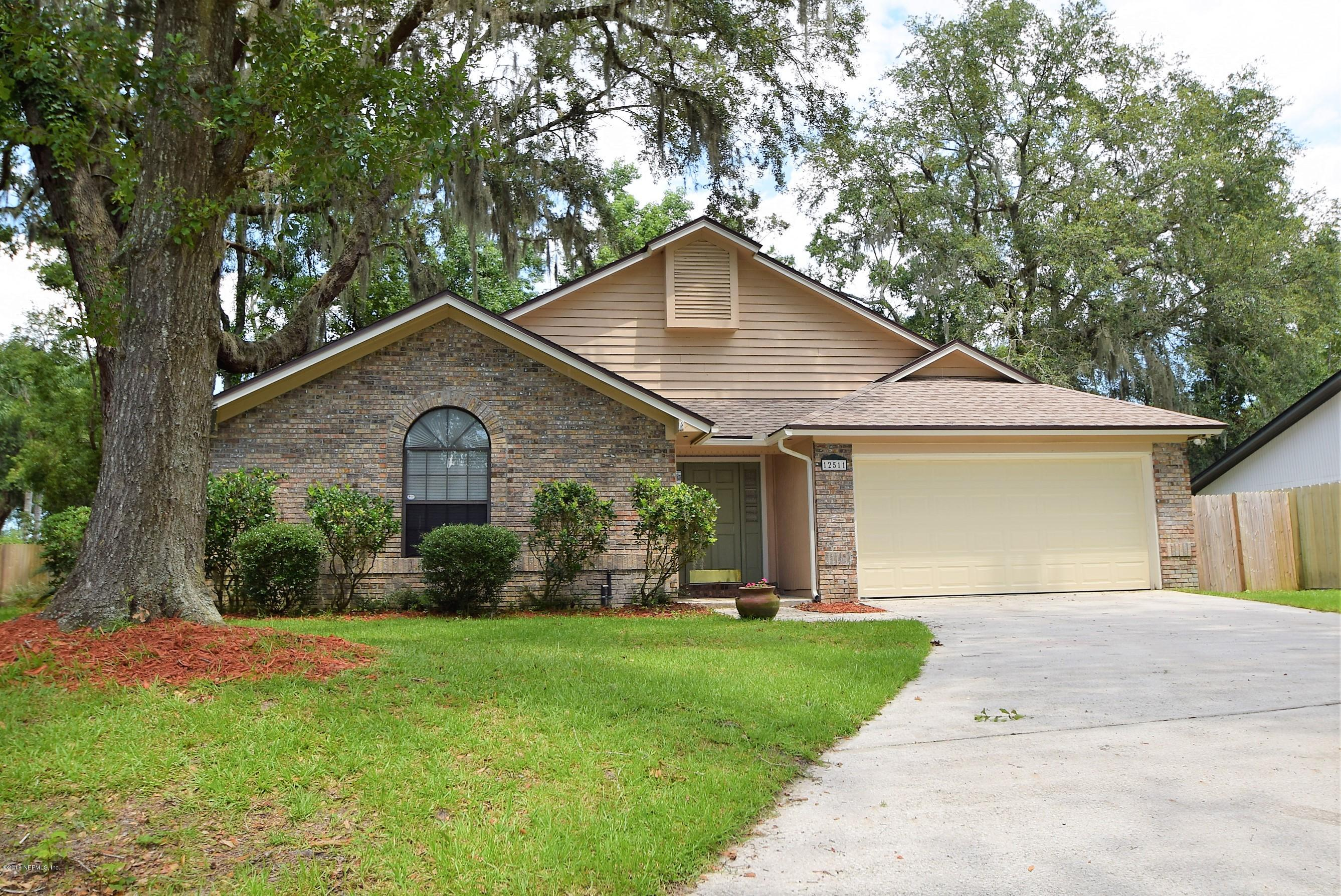 12511  GENTLE KNOLL DR, Julington Creek in DUVAL County, FL 32258 Home for Sale