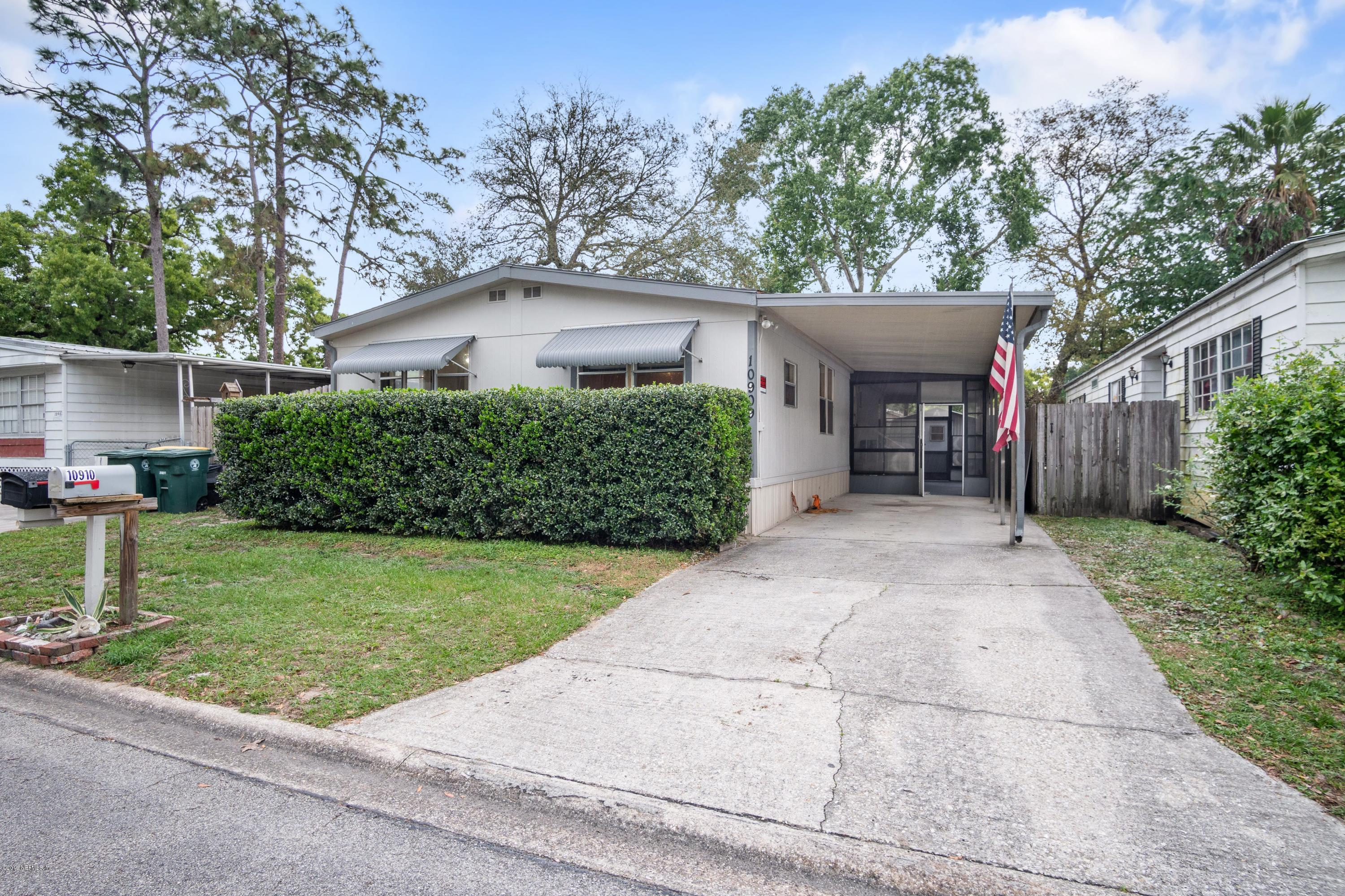 Photo of 10909 MERRYWOOD, JACKSONVILLE, FL 32256