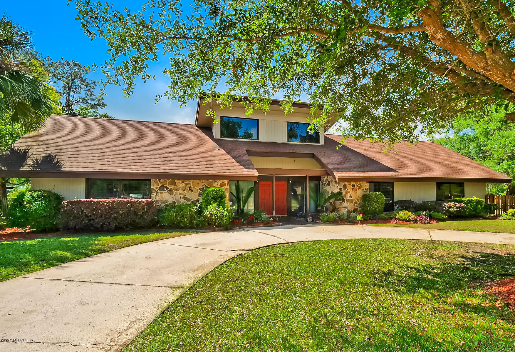 8018 HUNTERS GROVE- JACKSONVILLE- FLORIDA 32256, 4 Bedrooms Bedrooms, ,4 BathroomsBathrooms,Residential - single family,For sale,HUNTERS GROVE,990390