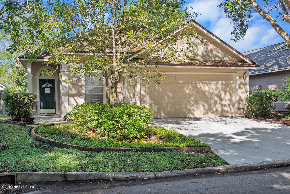 Photo of 712 PUTTERS GREEN, ST JOHNS, FL 32259