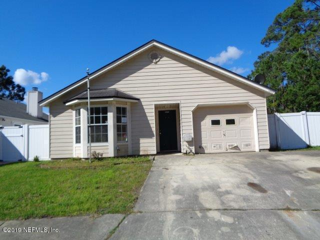 Photo of 1892 HUNTERS TRACE, MIDDLEBURG, FL 32068