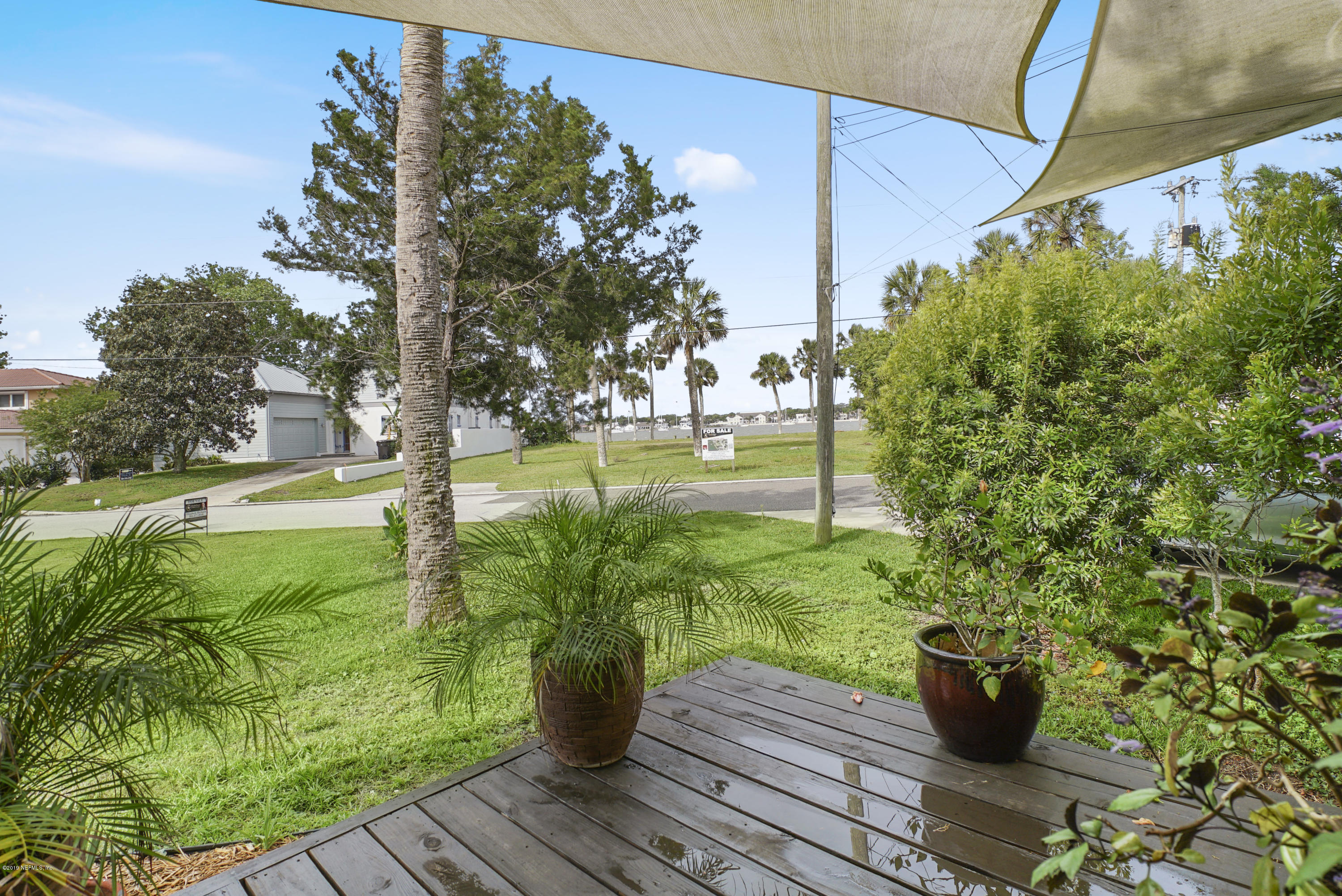 32 DOLPHIN DR ST AUGUSTINE - 37