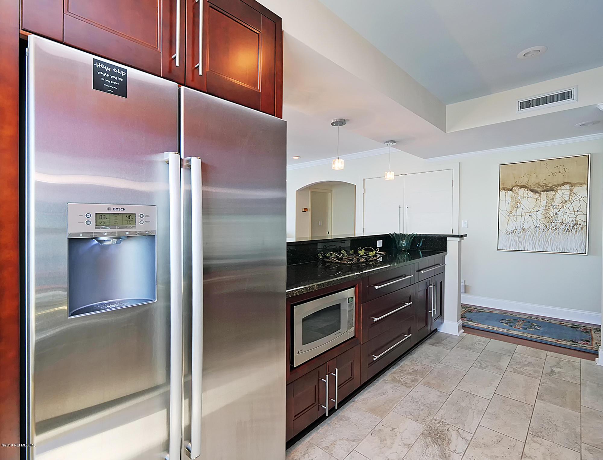 1560 LANCASTER- JACKSONVILLE- FLORIDA 32204, 2 Bedrooms Bedrooms, ,2 BathroomsBathrooms,Condo,For sale,LANCASTER,992515