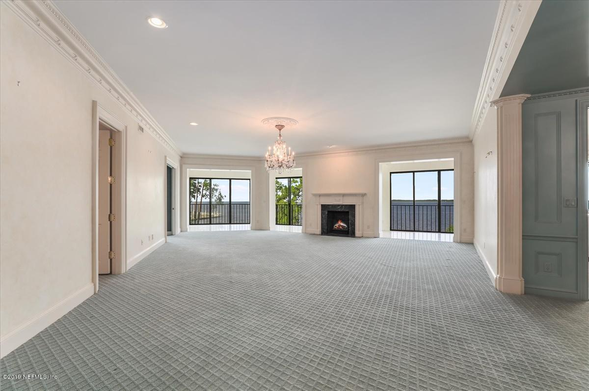 6740 EPPING FOREST, JACKSONVILLE, FLORIDA 32217, 2 Bedrooms Bedrooms, ,2 BathroomsBathrooms,Condo,For sale,EPPING FOREST,1004033