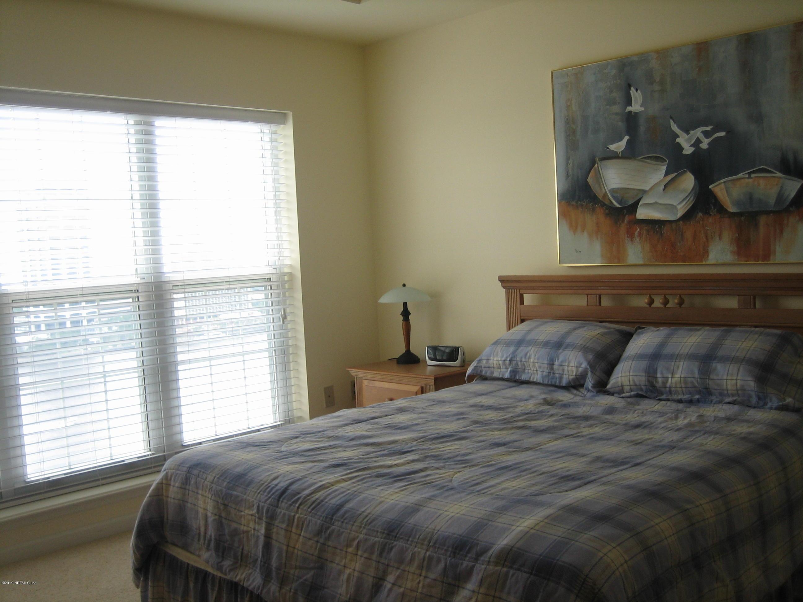 400 BAY, JACKSONVILLE, FLORIDA 32202, 2 Bedrooms Bedrooms, ,2 BathroomsBathrooms,Condo,For sale,BAY,1004244