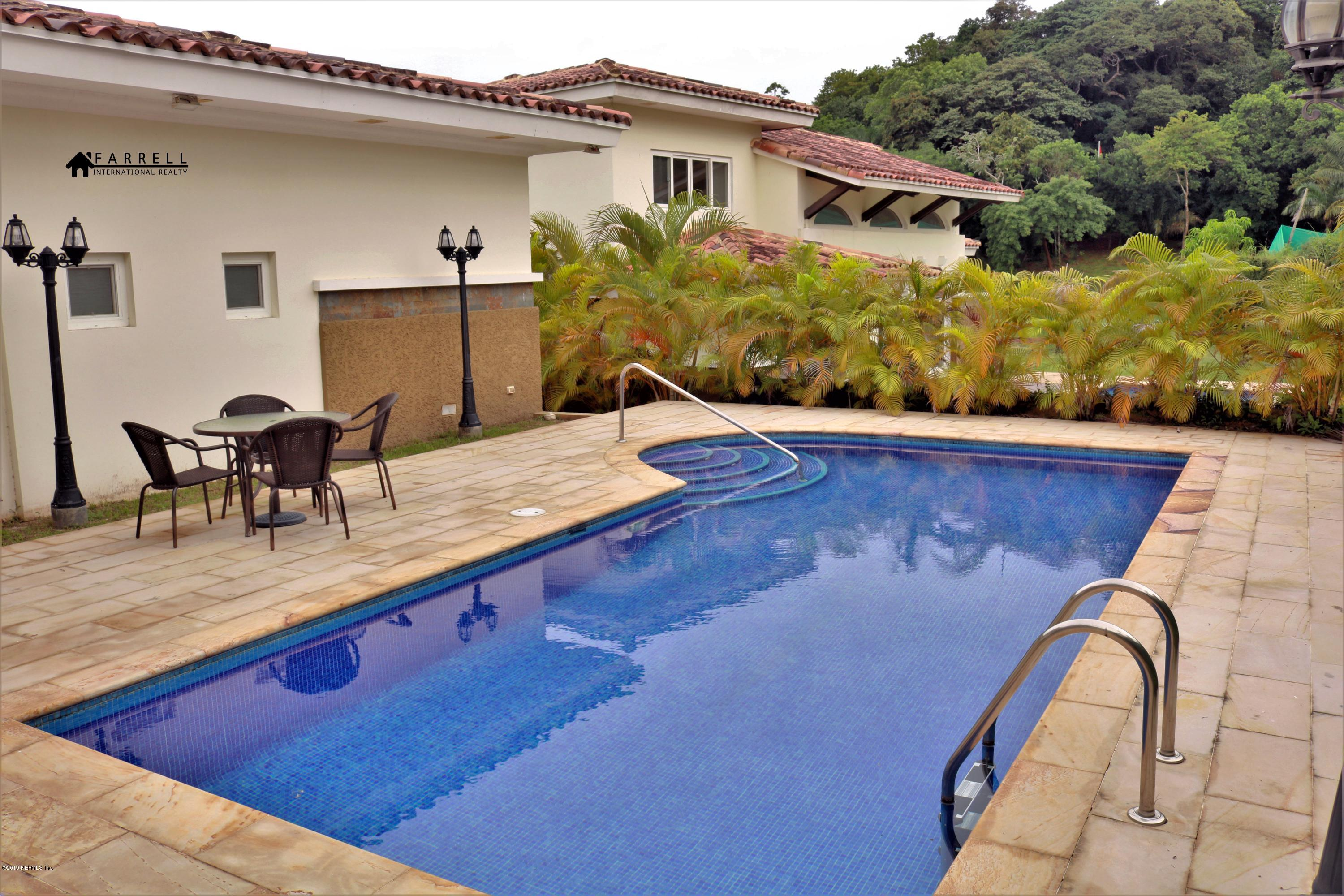 45A FOREST HILLS, COCOLI, PANAMA OESTE 01001, 3 Bedrooms Bedrooms, ,3 BathroomsBathrooms,Residential,For sale,FOREST HILLS,1007814
