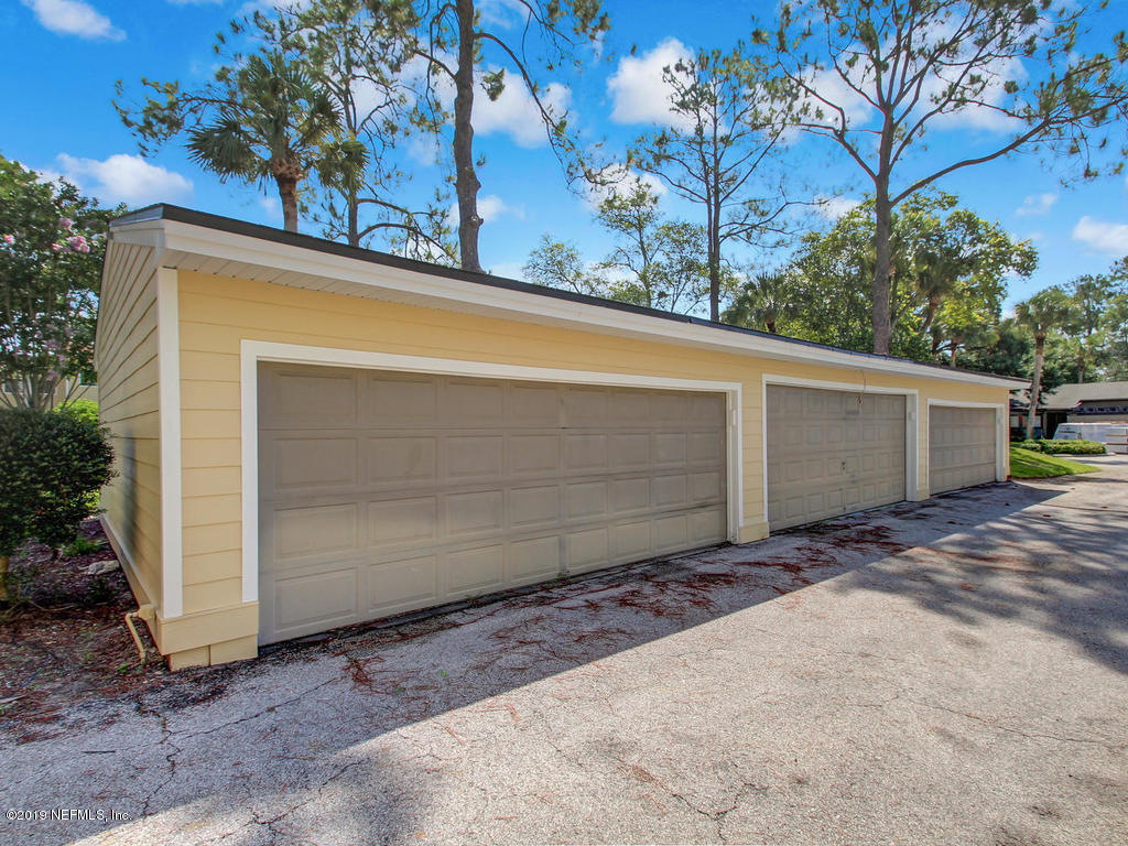 7841 LA SIERRA- JACKSONVILLE- FLORIDA 32256, 2 Bedrooms Bedrooms, ,2 BathroomsBathrooms,Condo,For sale,LA SIERRA,1011345