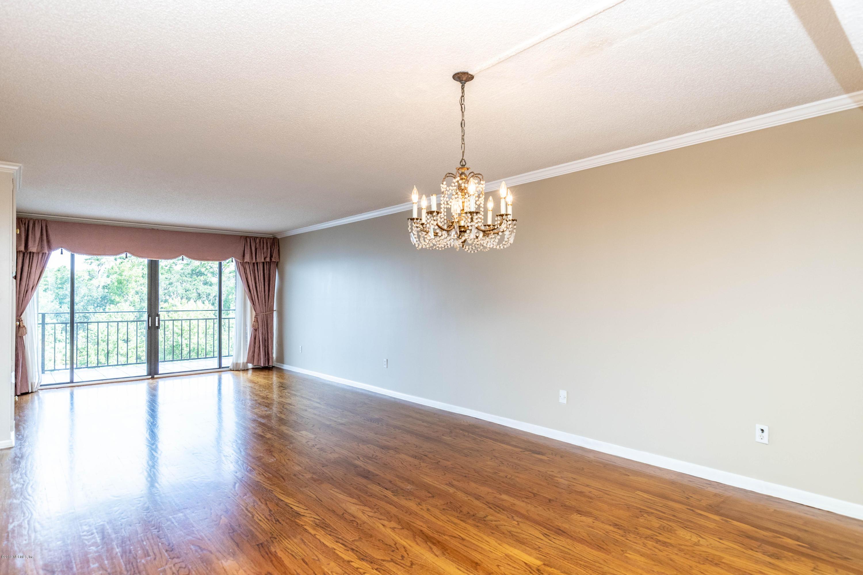 6000 SAN JOSE- JACKSONVILLE- FLORIDA 32217, 2 Bedrooms Bedrooms, ,2 BathroomsBathrooms,Condo,For sale,SAN JOSE,1013058