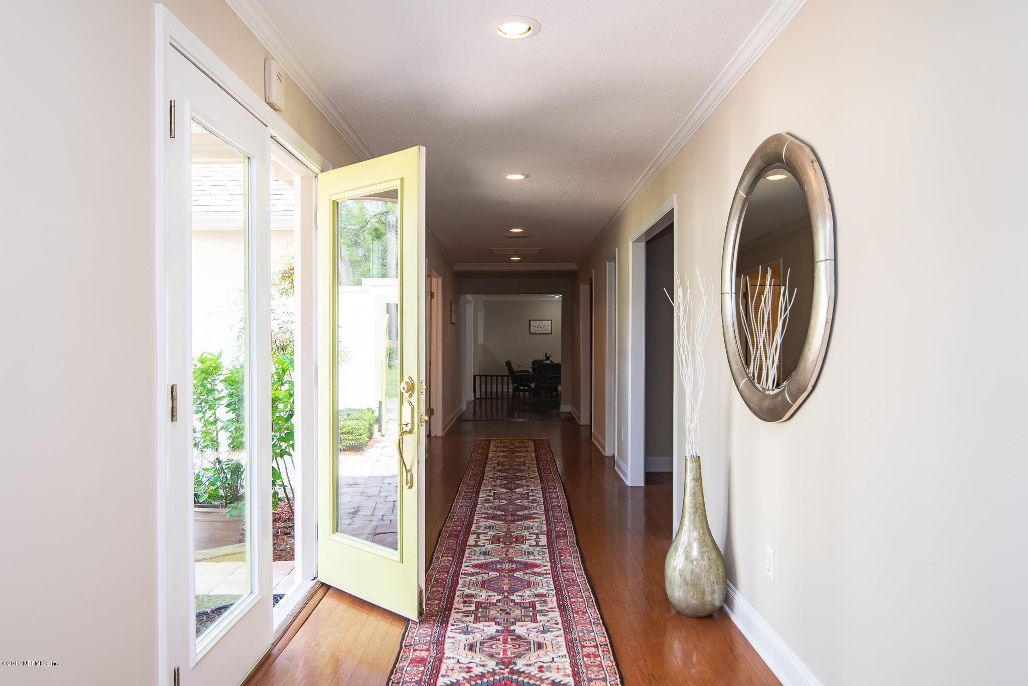 8166 HOLLYRIDGE, JACKSONVILLE, FLORIDA 32256, 5 Bedrooms Bedrooms, ,4 BathroomsBathrooms,Residential - single family,For sale,HOLLYRIDGE,1014292